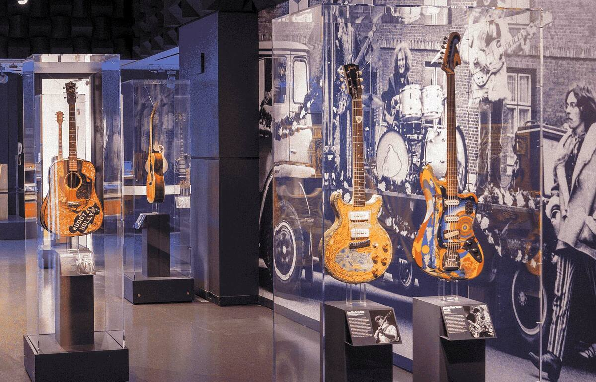 Pohled do expozice Rock'n'roll Hall of Fame